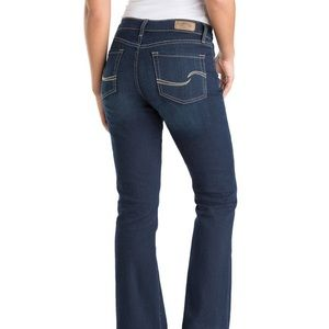 Signature by Levi's women's Curvy Bootcut Jeans 10